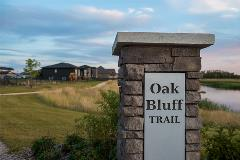 Oak Bluff Trail Sign